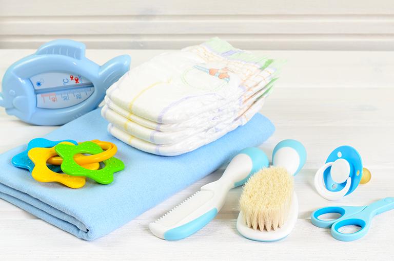 hygiene-ce-que-votre-bebe-doit-avoir-dans-sa-trousse-de-toilette