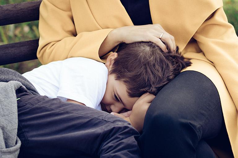 comment-faire-apprendre-a-son-enfant-la-pudeur
