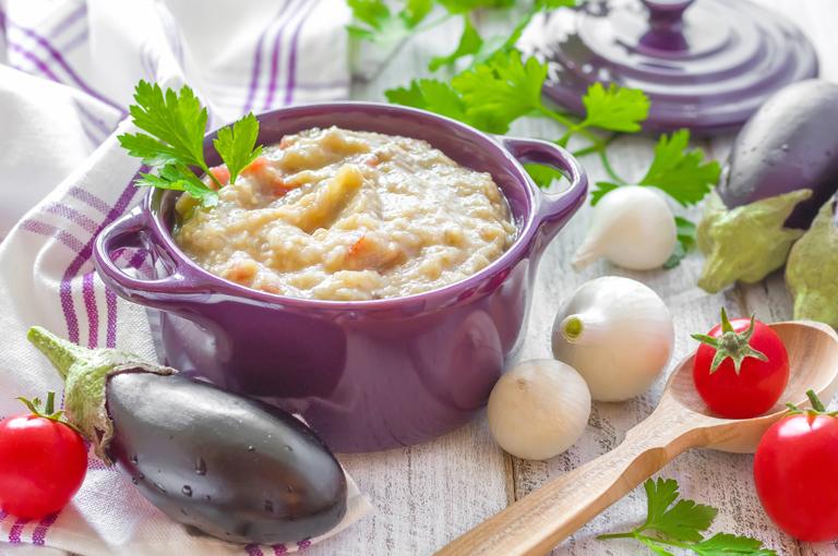 delicieuse-recette-de-puree-daubergine-et-tomate-pour-bebe-des-6-mois