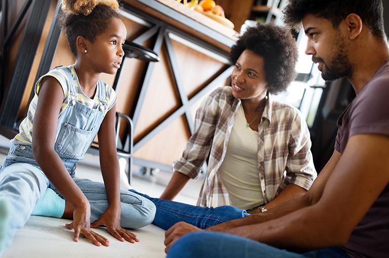 quel-ton-de-voix-dois-je-utiliser-pour-discipliner-mes-enfants