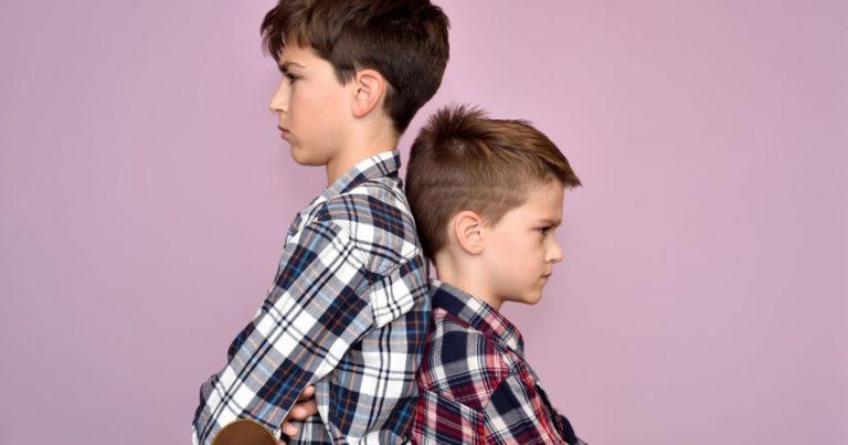 savoir-elever-son-enfant-comment-gerer-sa-jalousie